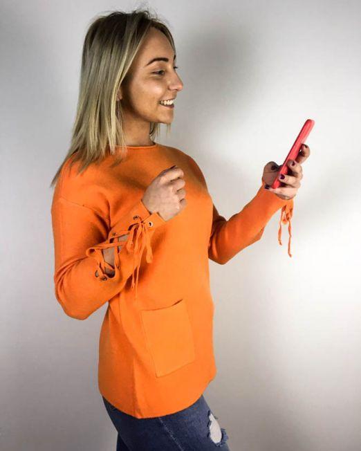 pulover portocaliu,