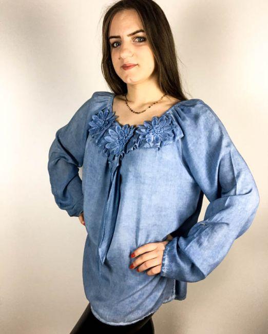 bluză albastră,