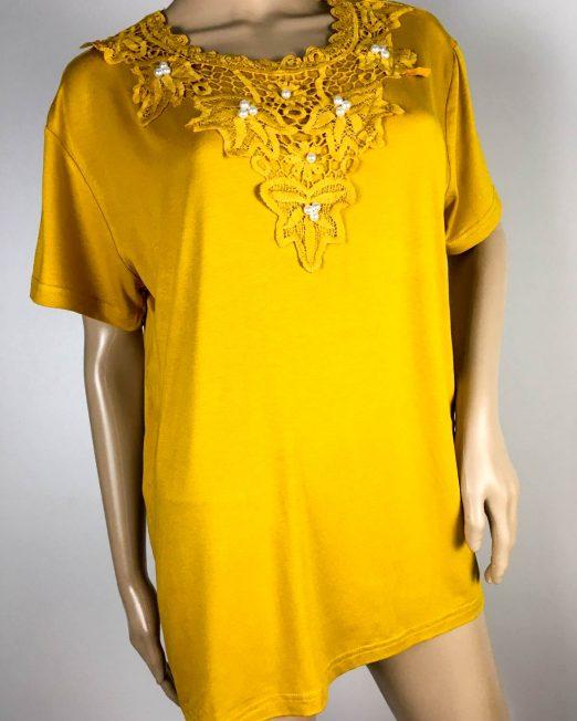 tricou damă galben muștar cu dantelă și perle,