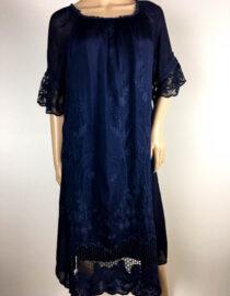 rochie bleumarin cu dantelă,