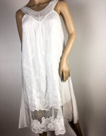 rochie albă de vară dantelă,