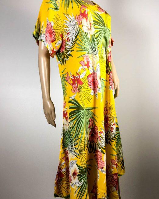 rochie galbenă damă vară cu flori,