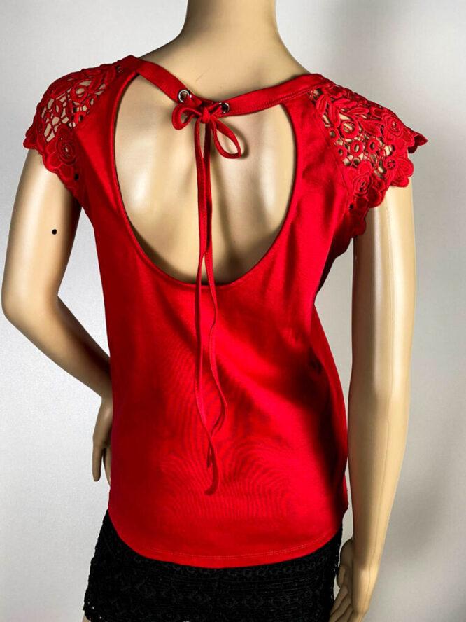 tricou roșu damă cu dantelă,
