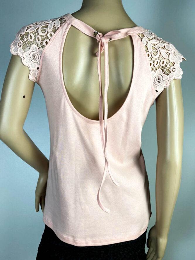 tricou roz damă cu dantelă,
