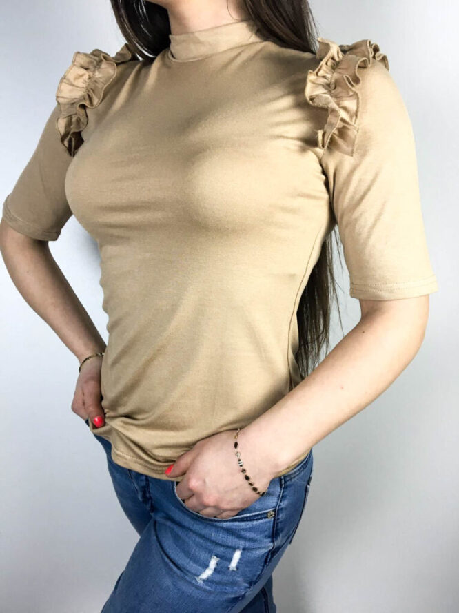bluză beige damă cu volănaș,