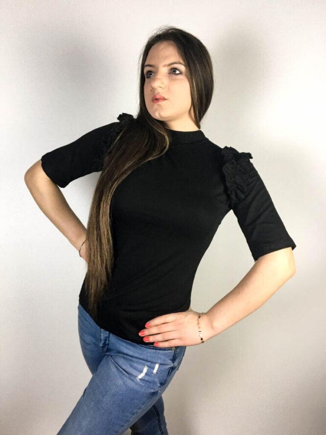 bluză neagră damă cu volănaș,