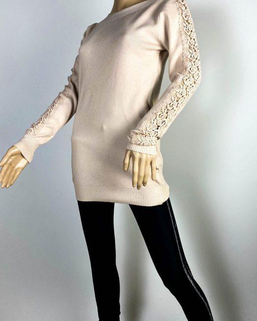 pulover beige damă cu dantelă,