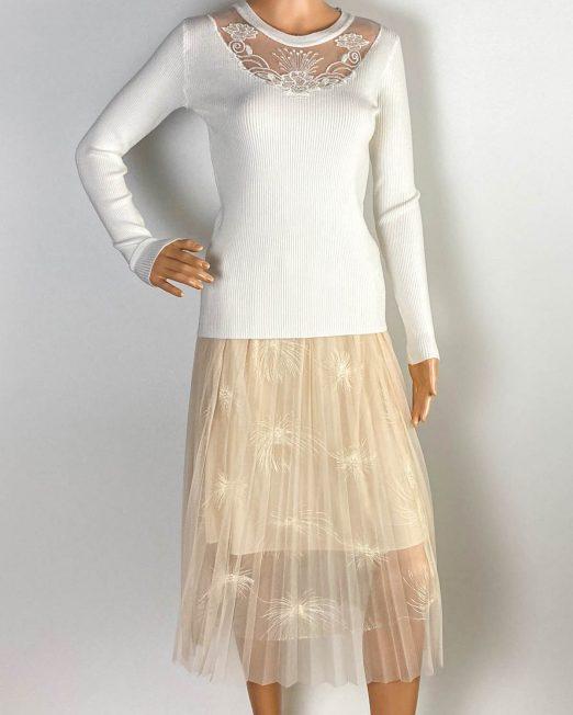 bluză albă damă iarnă tricot cu dantelă,