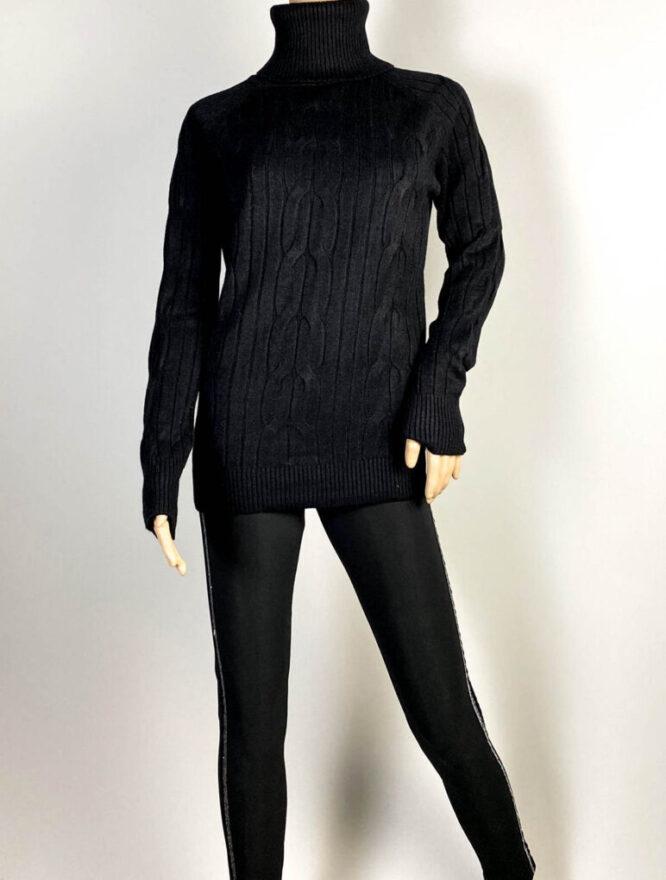 pulover negru pe gât damă,