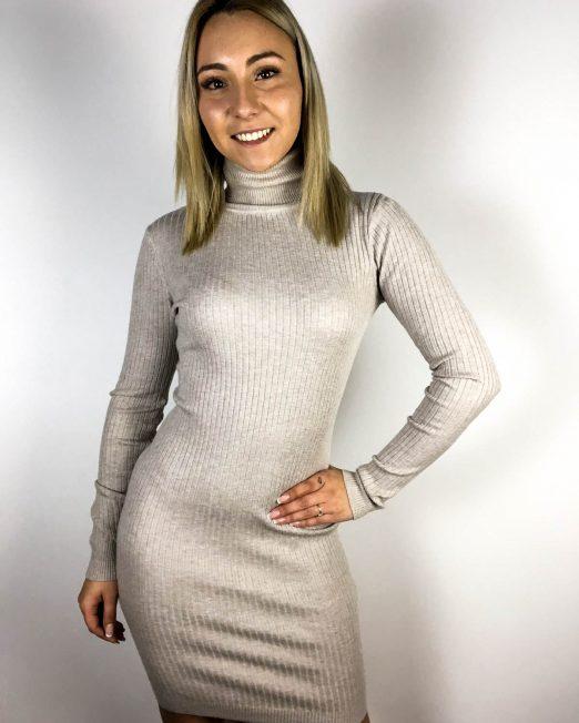 rochie beige damă tricot iarnă,