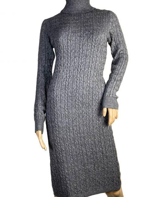 rochie gri tricotată cu guler înalt,