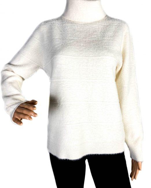 pulover alb pufos pe gât damă,