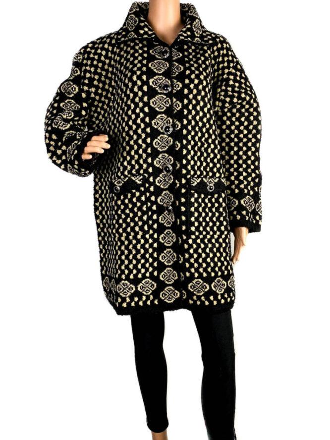 pulover damă cu nasturi larg,