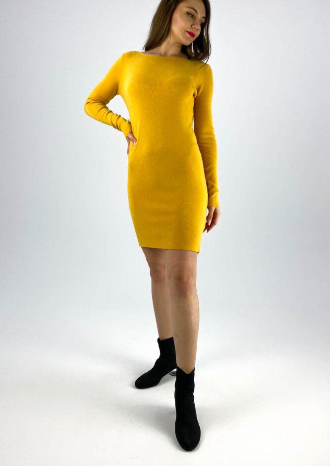 rochia galbenă tricotată cu dantelă,