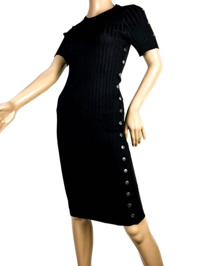 rochia neagră mulată cu mânecă scurtă damă,