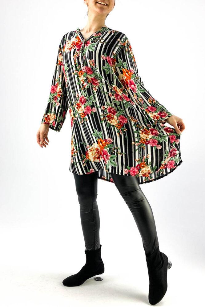 cămașă de damă neagră lejeră cu împrimeu floral,