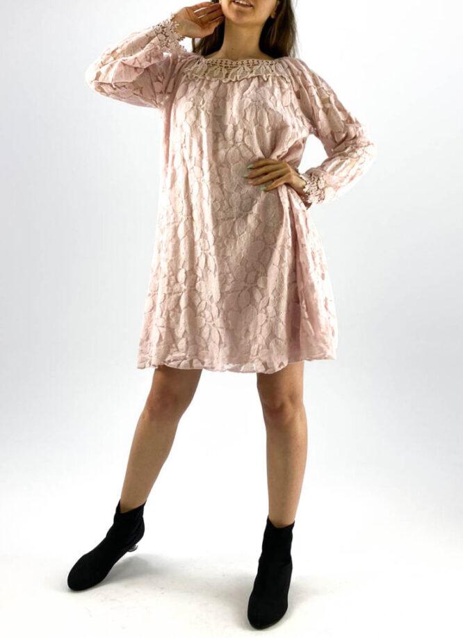 rochia damă roz lejeră din dantelă,
