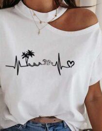tricou damă alb inscripționat cu umăr gol,