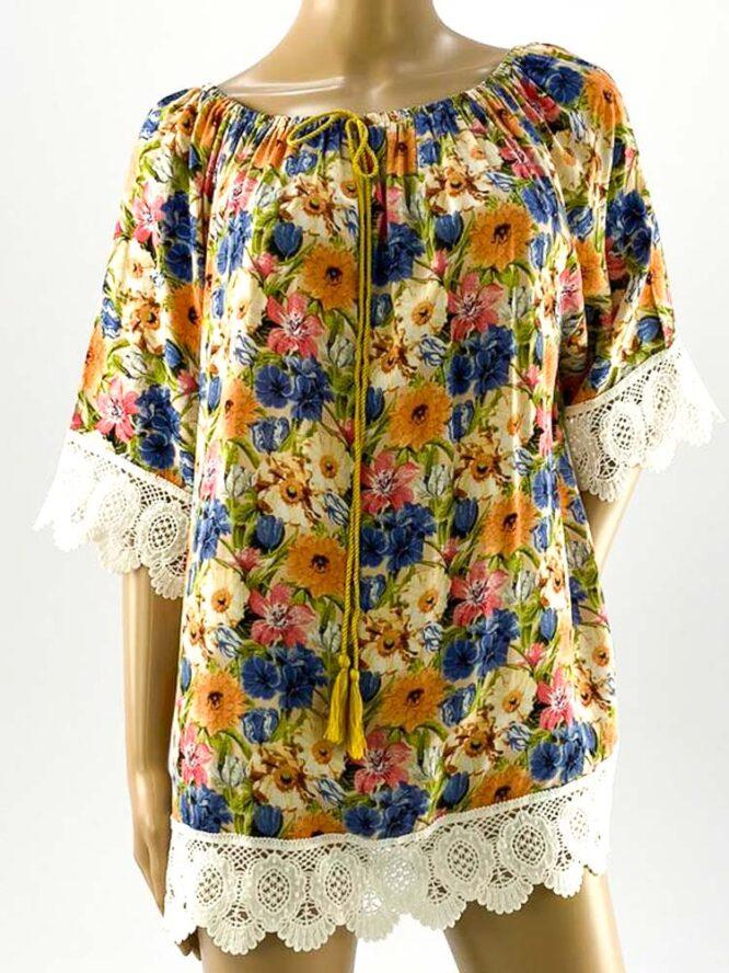 bluza damă beige largă cu flori și dantelă,