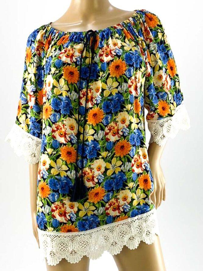 bluza damă albastră largă cu flori și dantelă,