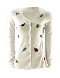 pulover damă alb cu nasturi brodat